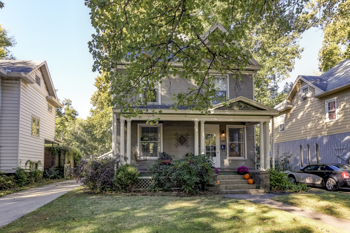 1407 Holmes Ave., Springfield, IL 62704